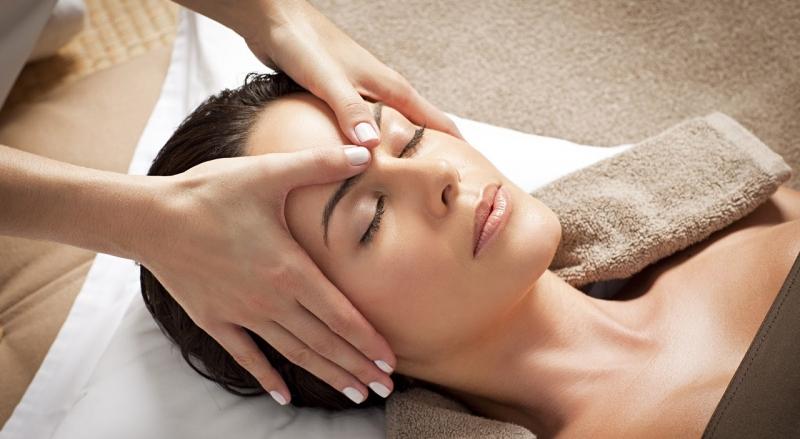 Resultado de imagem para massagem manual facial